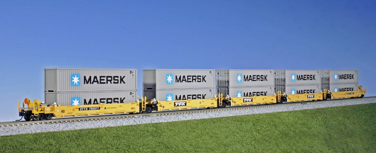 Kato USA Model Train Products Gunderson MAXI-I TTX #750977 Double Stack Car Set with Maersk 40' Containers, 5-Unit Set