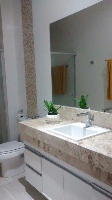 Bancada bege Bahia e pastilhas para combinar  Casa  Inspiração Banheiro  P -> Banheiros Planejados Com Granito