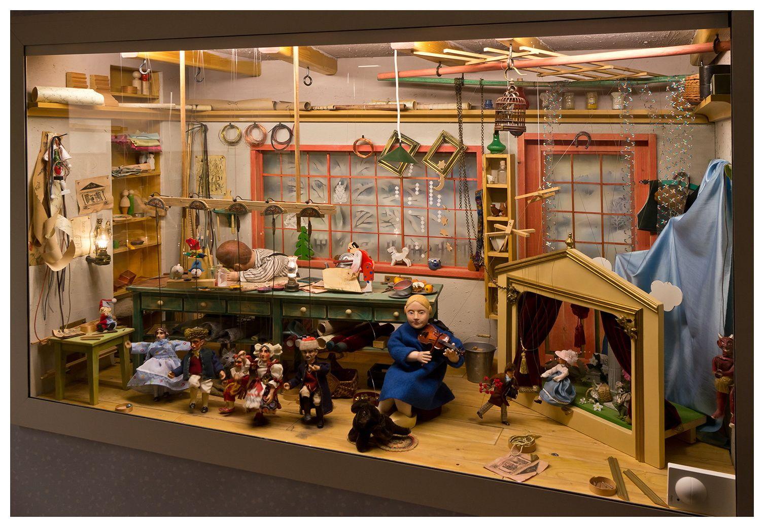 weihnachten im erzgebirge ausstellung im wasserschloss klaffenbach besuch im museum. Black Bedroom Furniture Sets. Home Design Ideas