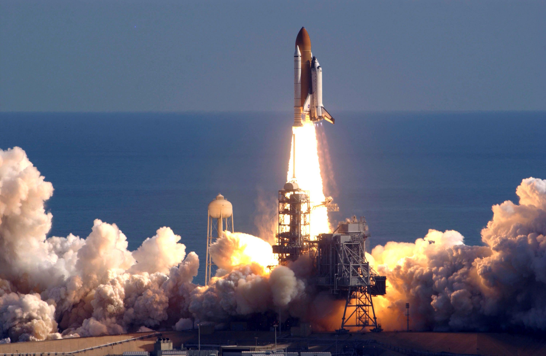 NASA lanza 8 microsatélites para estudiar huracanes - http://www.notimundo.com.mx/mundo/nasa-lanza-microsatelites-huracanes/