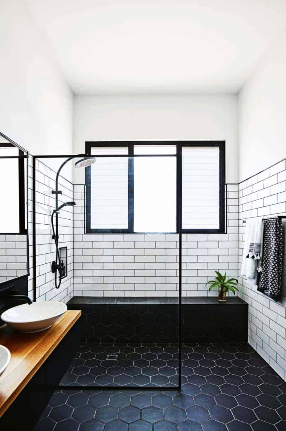 19 Black And White Bathroom Decor In 2020 Modern Bathroom Tile Bathroom Remodel Master Bathroom Design