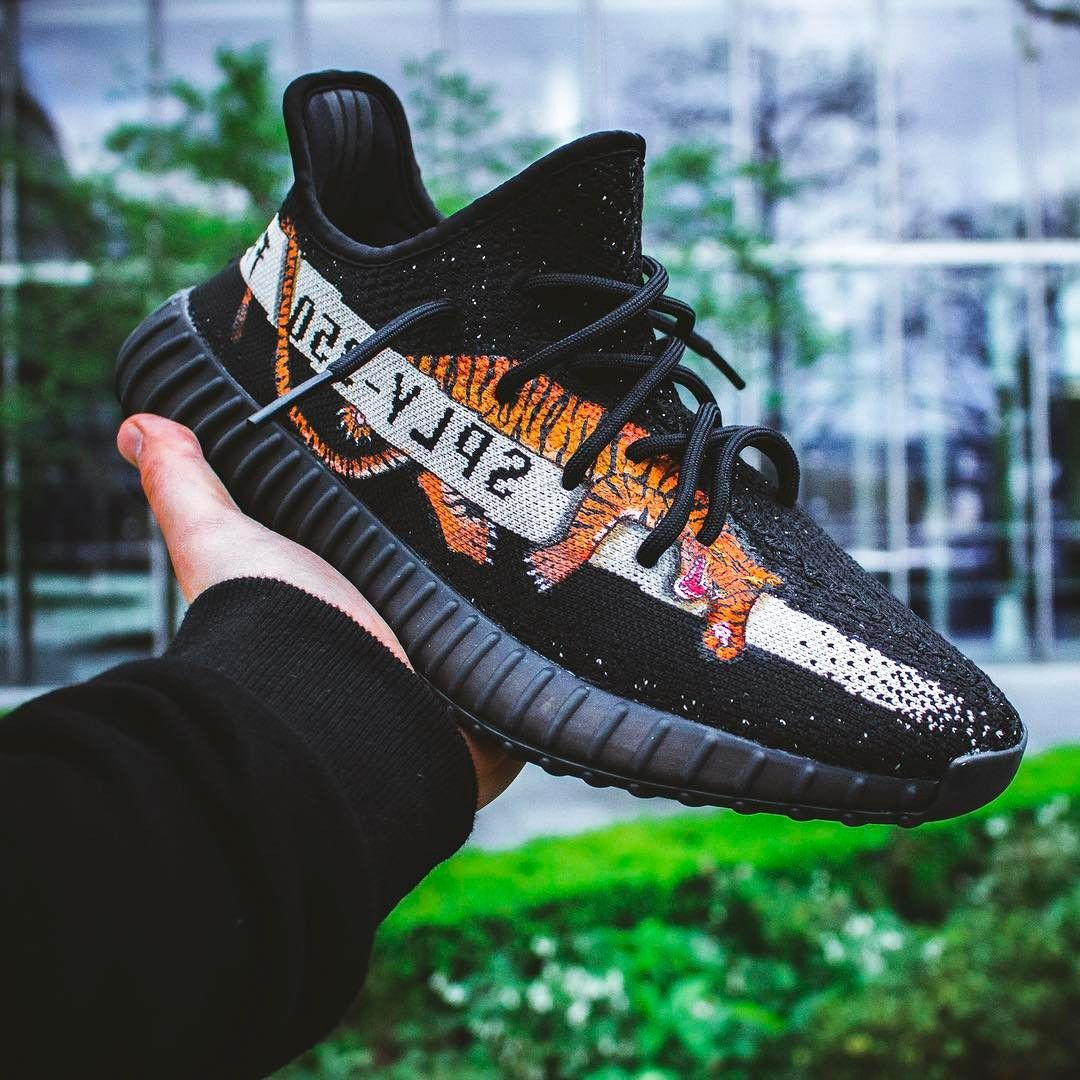 Hype shoes, Yeezy, Sneakers fashion