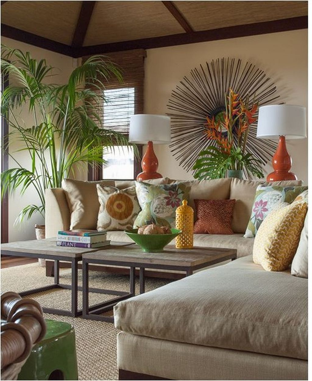 An Elegant Hawaiian Home Furnished With Neutral Decor Is The Perfect Spot  For A Tall Kentia Palm, Which Creates A Connection To The Lush Landscaping  ...