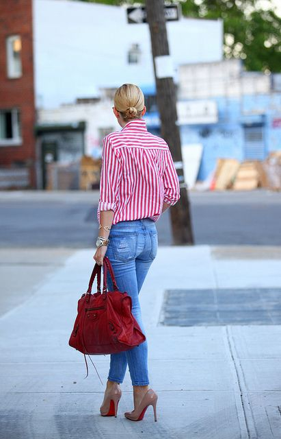 fbbd155457ac So chic, just a red and white striped shirt, skinny jeans, a red bag and  some nude louboutin's to tie the entire outfit together!!!