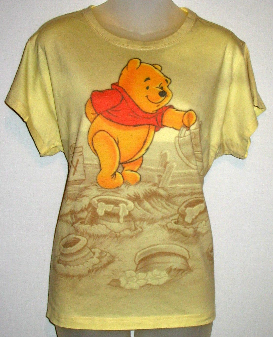 Disney Women s Yellow T-Shirt Top W Winnie The Pooh - Size X-Large ... 2fcc83c44d