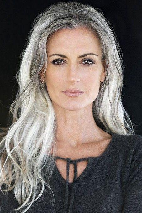 SILVER - Agence de Top Modèles de plus de 40 ans - Paris   Coiffures grises, Cheveux blancs