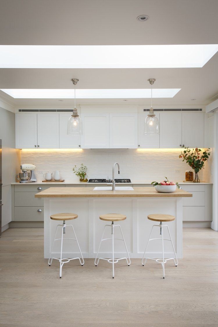 Reno Rumble Week 5 Reveals Sun Drenched Kitchens To Die For Tlc Interiors Shaker Style Kitchen Cabinets Kitchen Cabinet Styles Shaker Style Kitchens