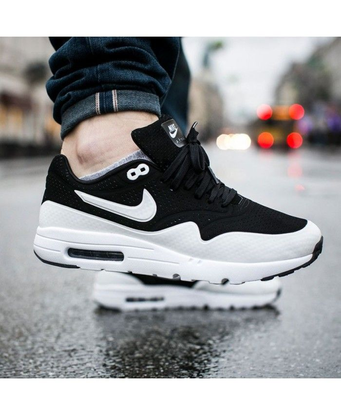 huge discount 55dab e4661 Nike Air Max 1 Ultra Moire Black White Trainer for mens
