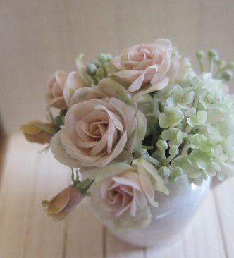 Amazing miniature flowers, Dollhouse Rosy