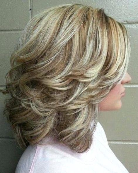 40 Cute And Easy To Style Short Layered Hairstyles Hairstyle Inspirations For In 2020 Short Hair With Layers Medium Length Hair With Layers Medium Length Hair Styles