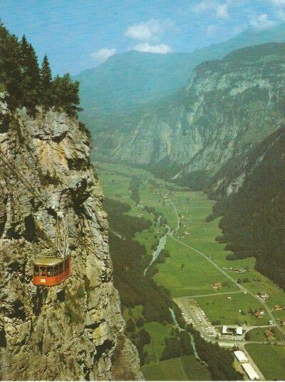 Teleférico nos Alpes Suíço