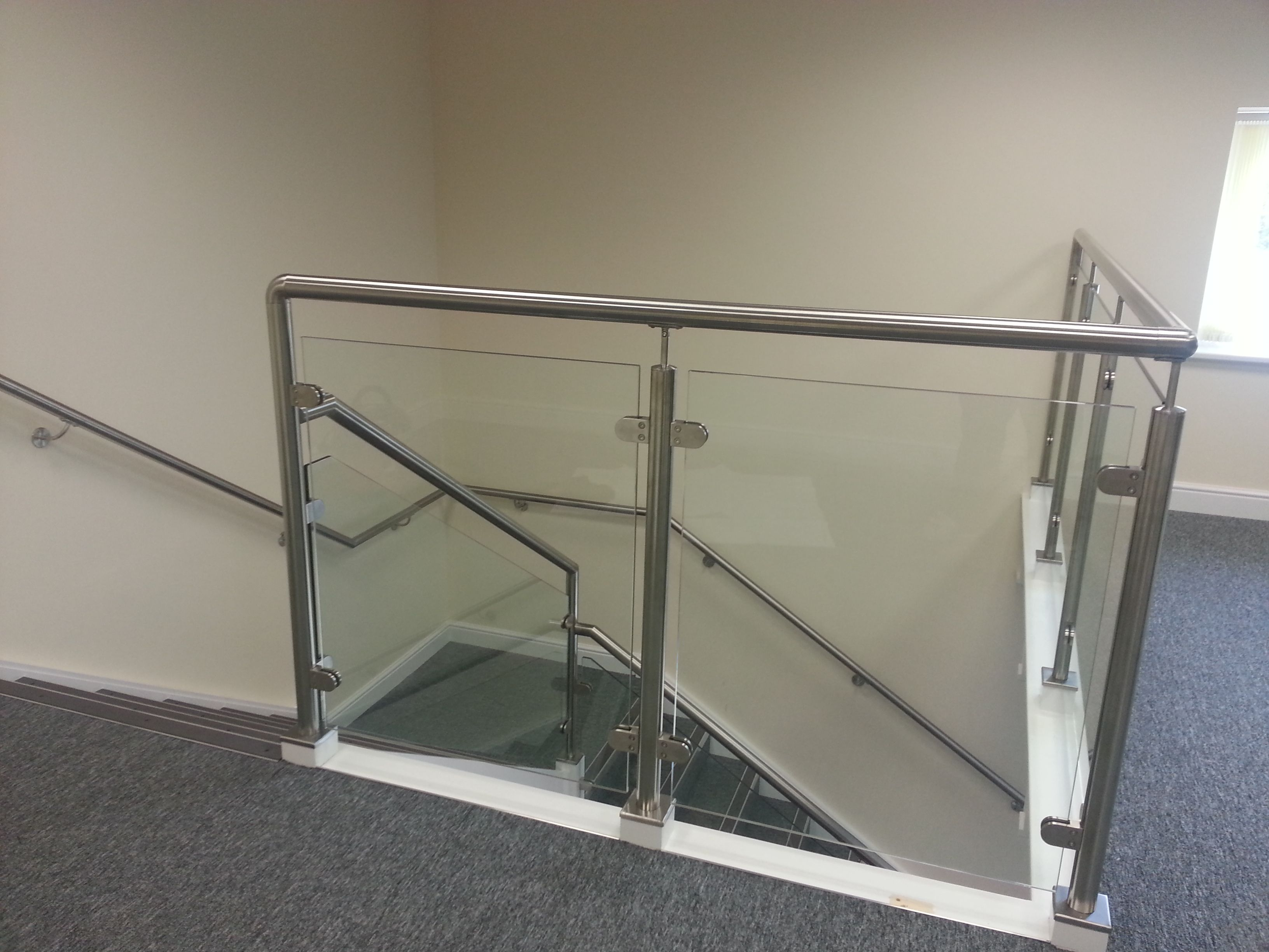 Best Glazed Office Balustrade Design With External Metal 400 x 300