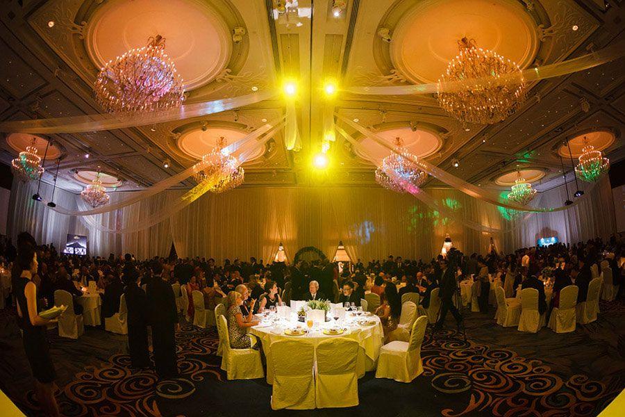 Island Ballroom was fully draped in soft ivory satin