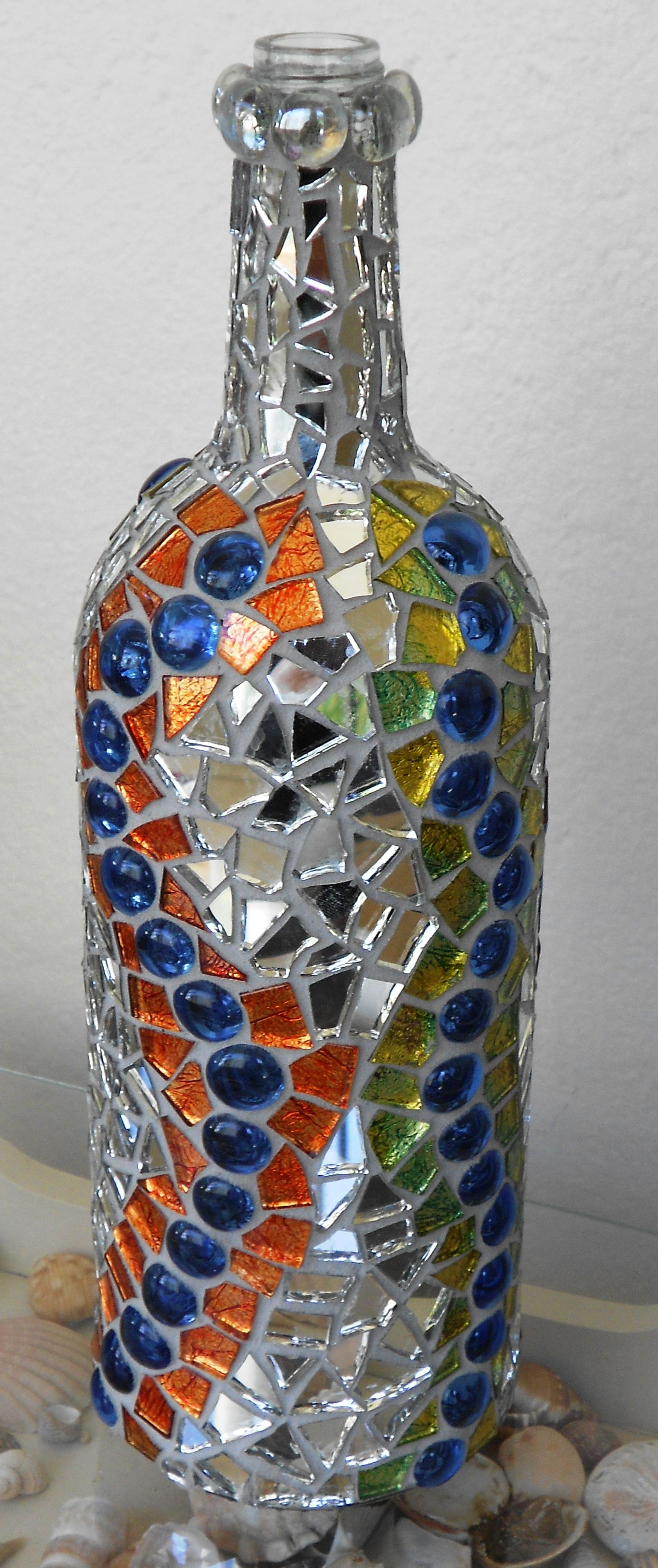 Mosaic bottle love the mirror pieces mosaics for Mosaic pieces for crafts