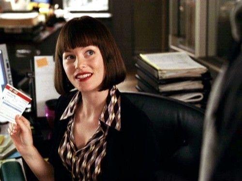 Elizabeth Banks As Betty Brant In The Toby Maguire Spider Man Trilogy Elizabeth Banks Spiderman Elizabeth Banks Short Bangs