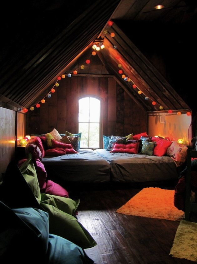 10 Cool Attic Rooms To Create More Usable Space (8)