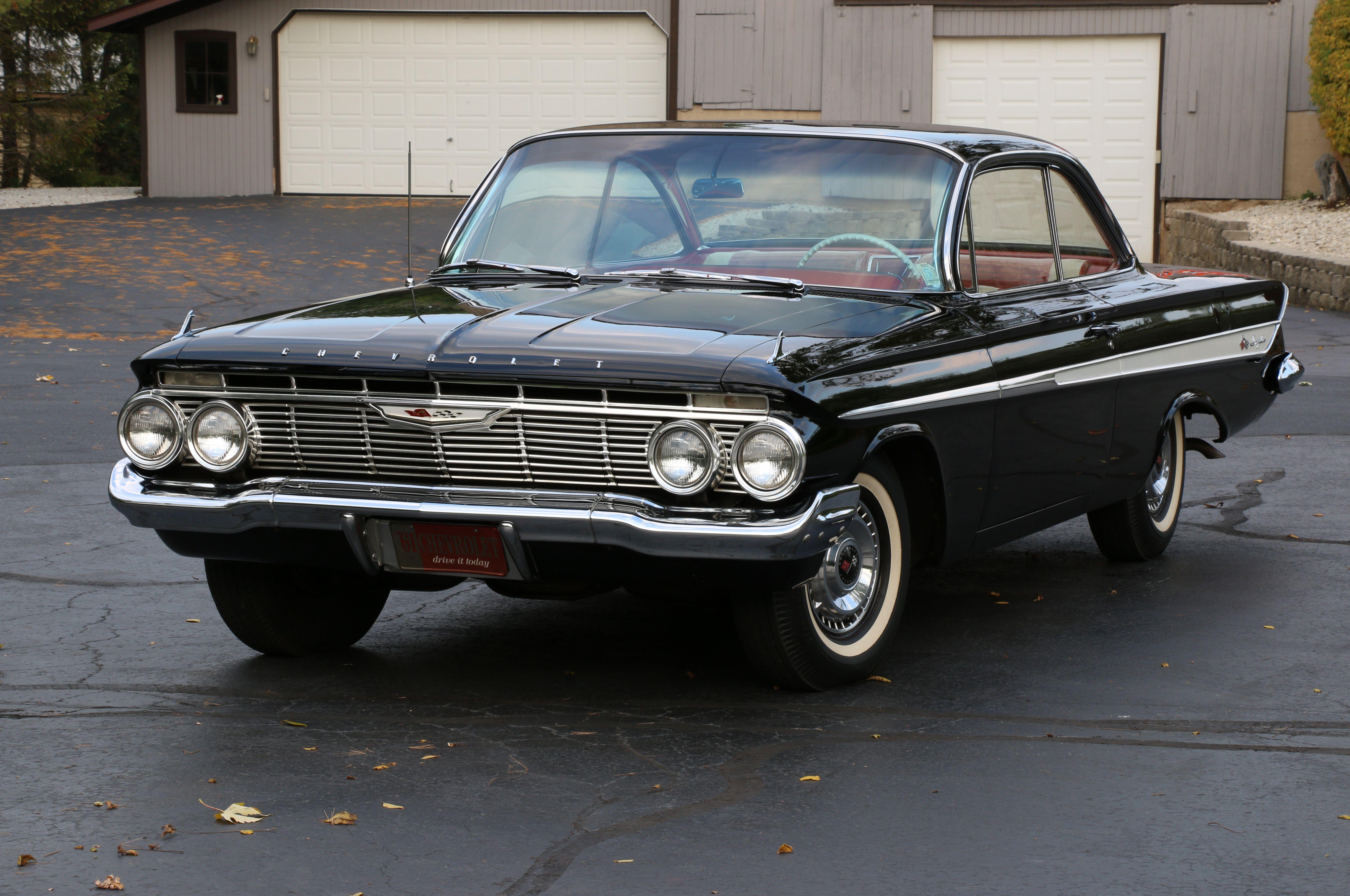 Original 4 Speed 1961 Chevrolet Impala Has Just 34 000 Miles Hot Rod Network Chevrolet Impala Chevrolet Impala