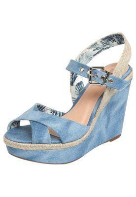 19dcbcea2 Espadrille Colcci Anabela Aberta Azul | Põe no Pé | Sapatos, Calça e ...