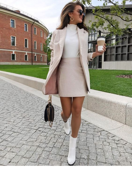 Photo of Nude suit color and coffee | Inspirational women # suit # women # color #inspiri …