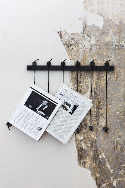 zeitungsst nder wand diy in 2019 pinterest deko zuhause und dekoration. Black Bedroom Furniture Sets. Home Design Ideas