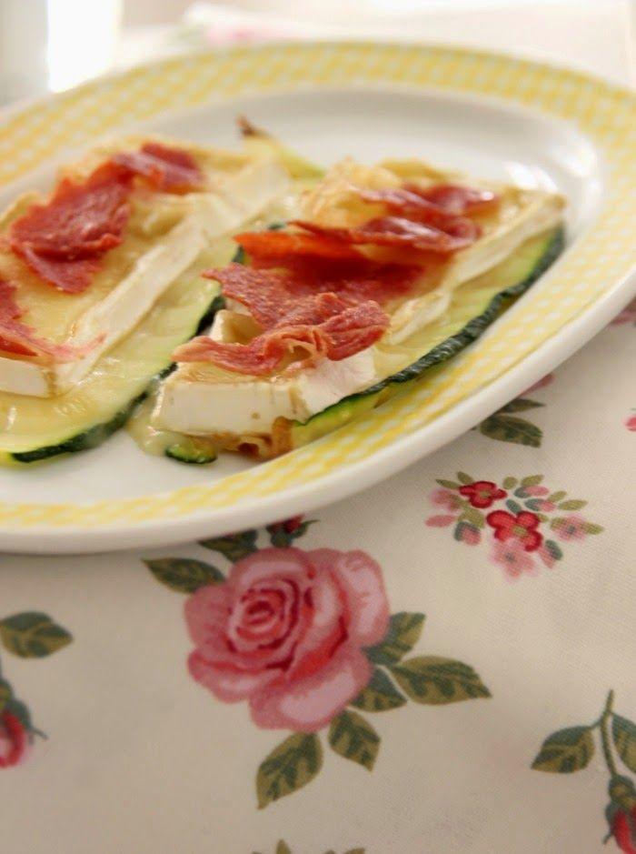 Cocinar Tapas | Receta Tapa De Calabacin Con Brie Y Crujiente De Iberico Food
