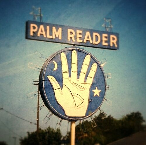 Photo of Palmistry 101: A Guide To Palm Reading For Enchanted Babes! – Gala Darling