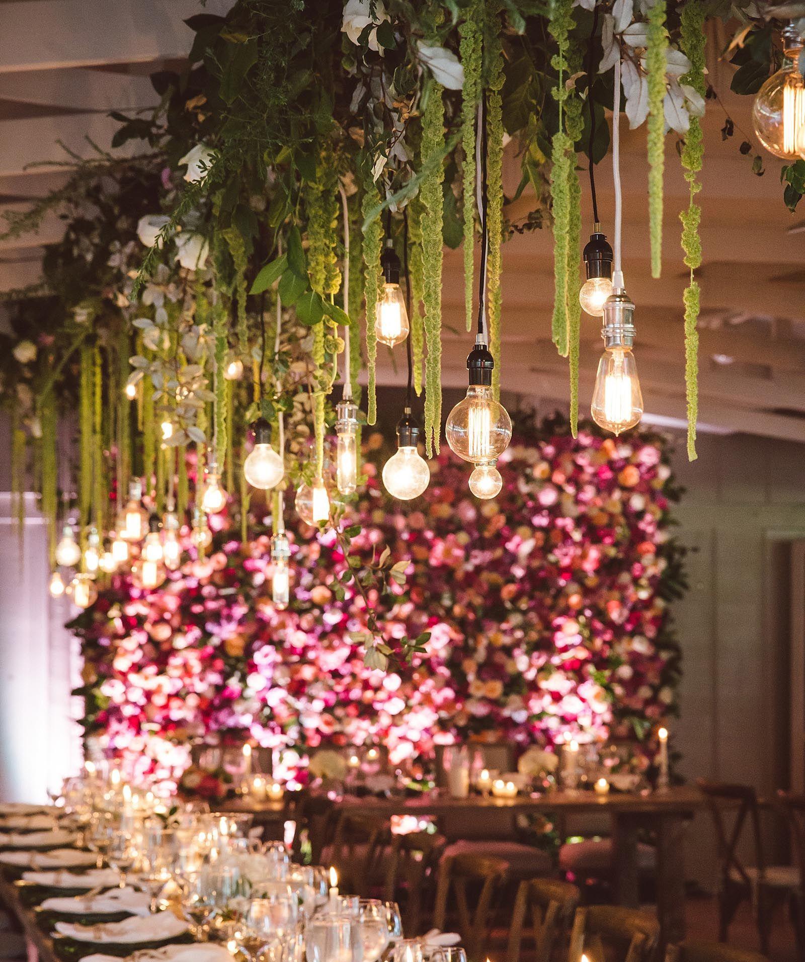 Stylish Wedding Ceremony Decor: Pin By Vicki Pugh On Wedding Decorations (With Images