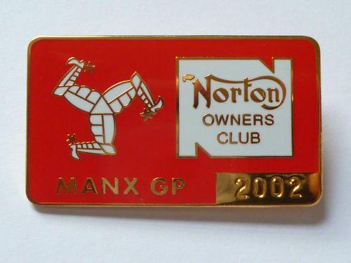NORTON OWNERS CLUB MANX GRAND PRIX 2002 ENAMEL BADGE.