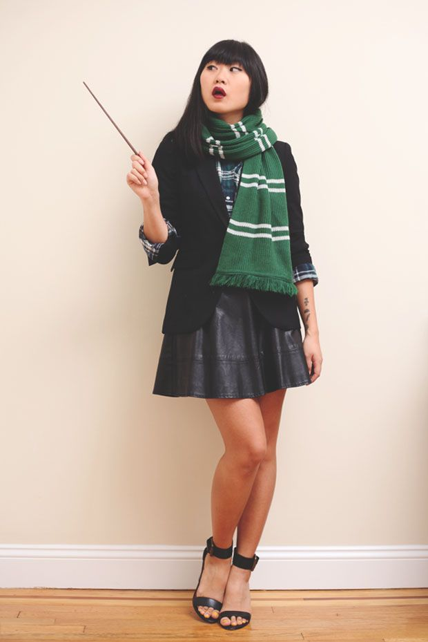 3d75a7f13b Easy DIY #Halloween Costumes from your Closet (Using Plaid Shirts) |  Slytherin Bitch