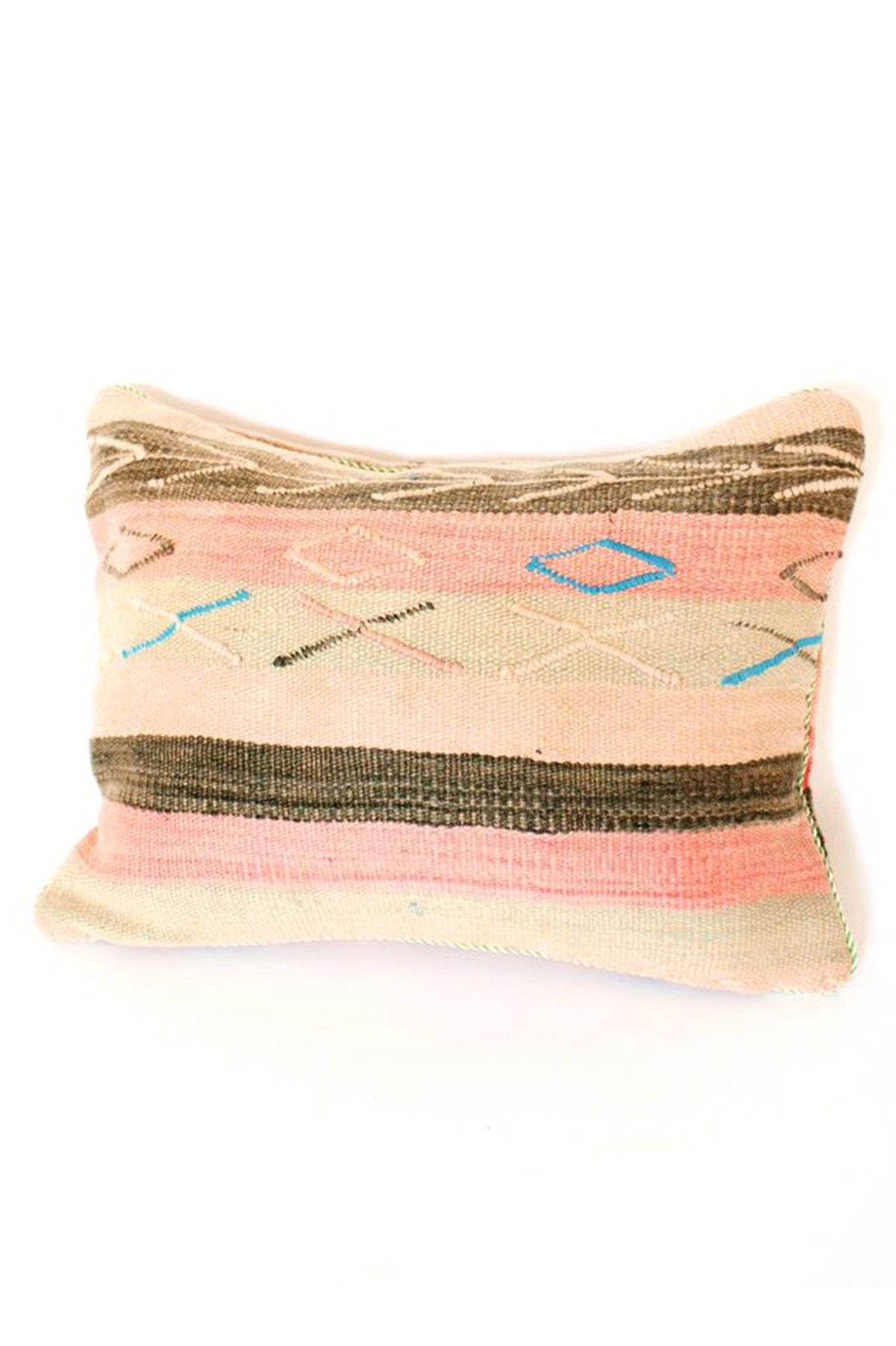 Diamond Moroccan Pillow Accompany LES OBJETS DES DÉCOR