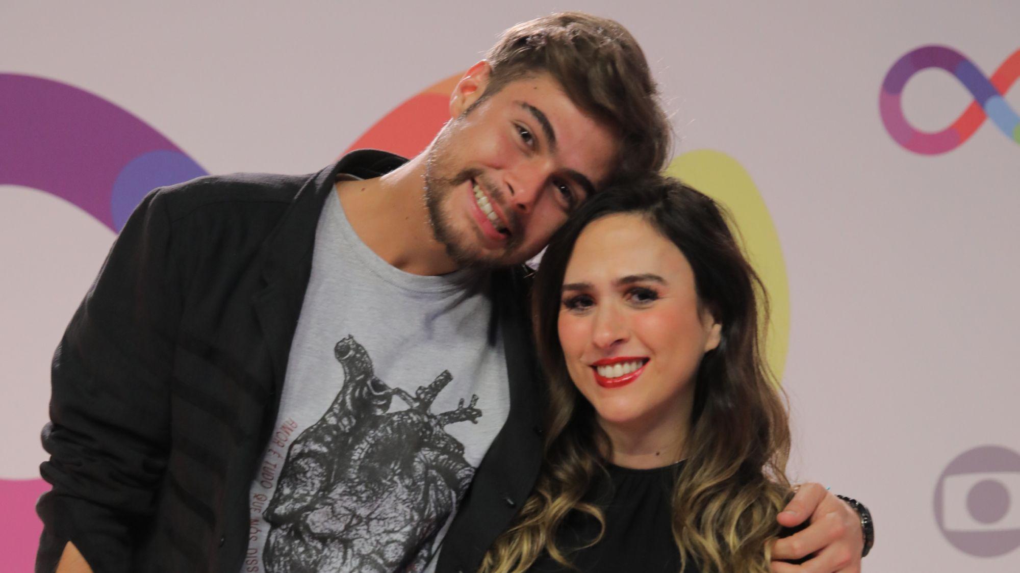 Filha de Tatá Werneck e Rafael Vitti, Clara Maria ganha festa de atores: '1 mês' | Tatá werneck, Rafael vitti, Werneck