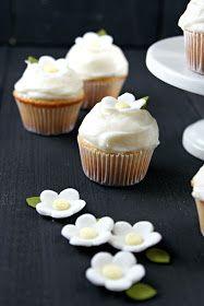 """Authentic Suburban Gourmet: """"Hot Milk"""" Vanilla Cupcakes"""