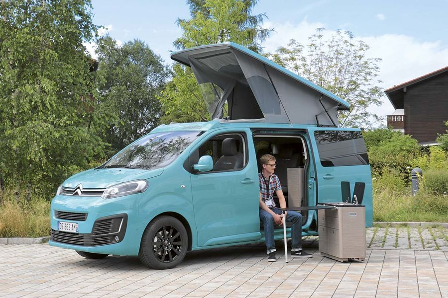 drei kompakte campingbusse im vergleichstest campster. Black Bedroom Furniture Sets. Home Design Ideas