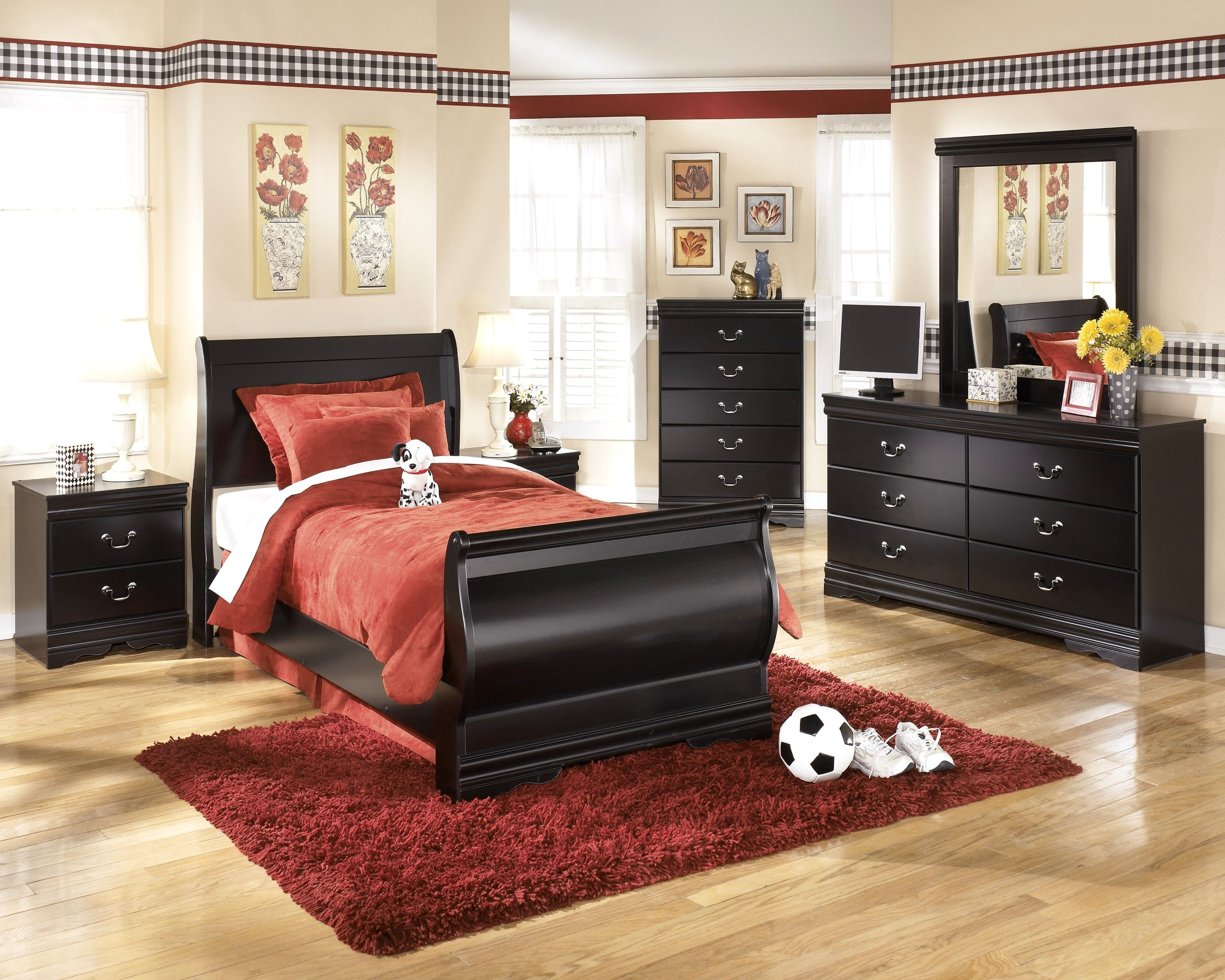 Enchanting Twin Bedroom Set with Red Fur Area Rug and