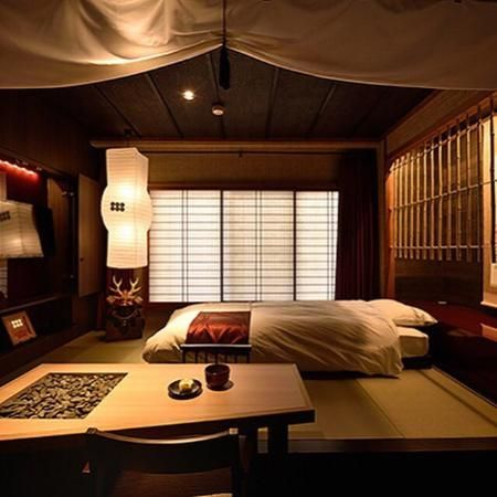 Japanese interior design sanada samurai room ideas - Katana decoracion ...