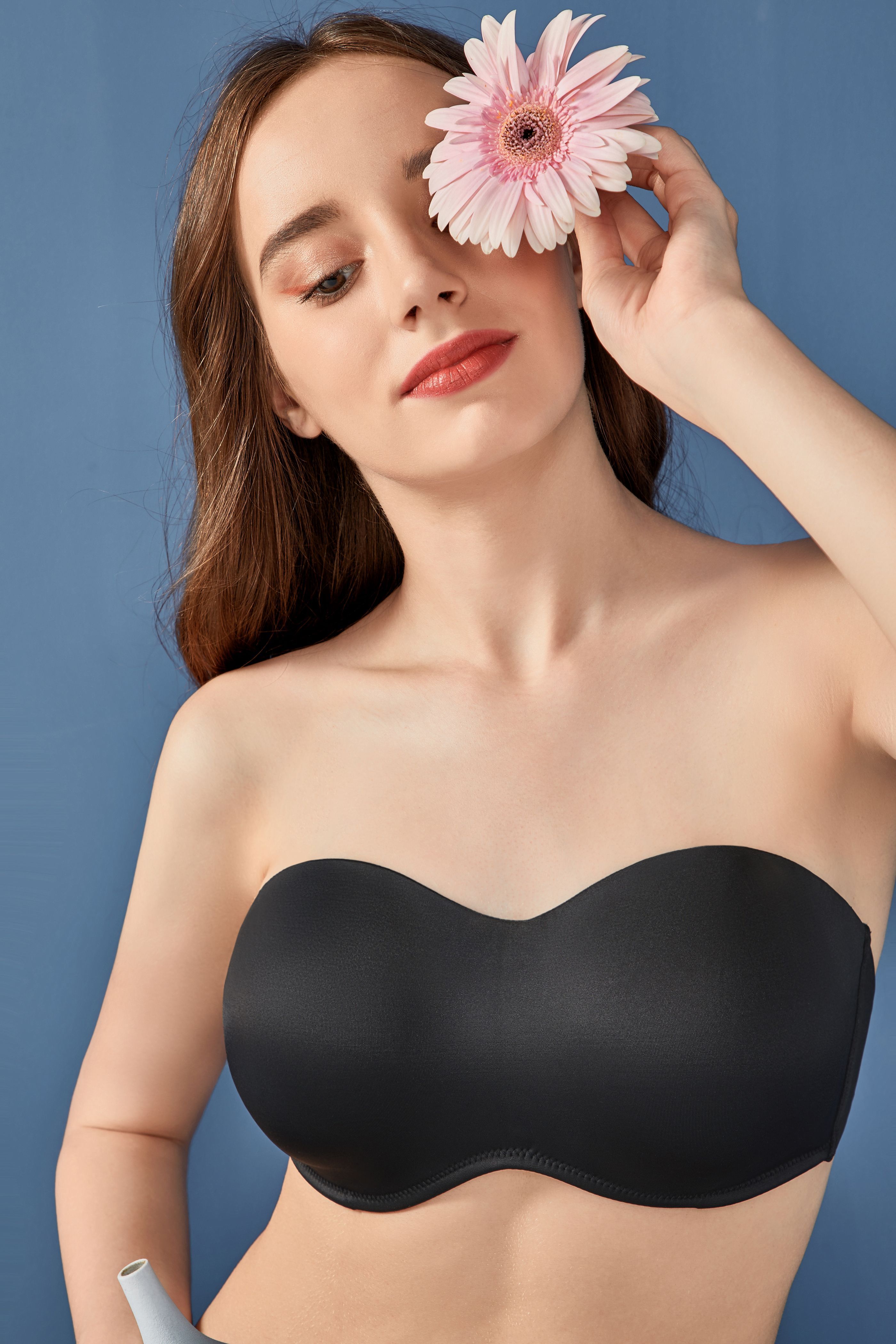 CALVENA Womens Seamless Invisible Underwire Minimizer Strapless Bra for Large Bust