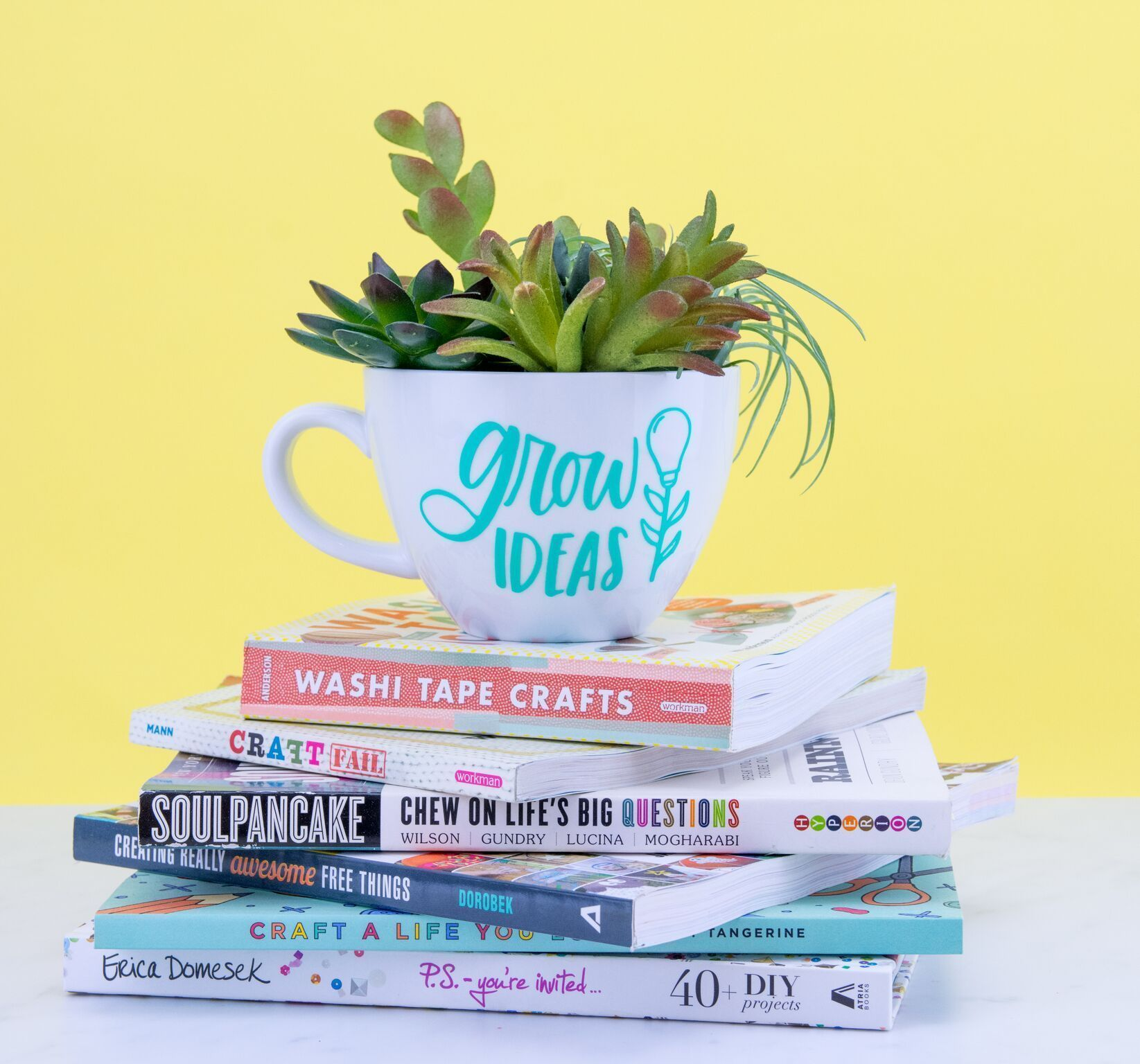 Planter - DIY Cricut Project I know we've made tons of terrariums for succulents on the blog but I don't know if we've ever made this. DIY Mug Succulent Planter - DIY Cricut Project.I know we've made tons of terrariums for succulents on the blog but I don't know if we've ever made this. DIY Mug Succulent Planter - DIY Cricut Project.Succulent Planter - DIY C...