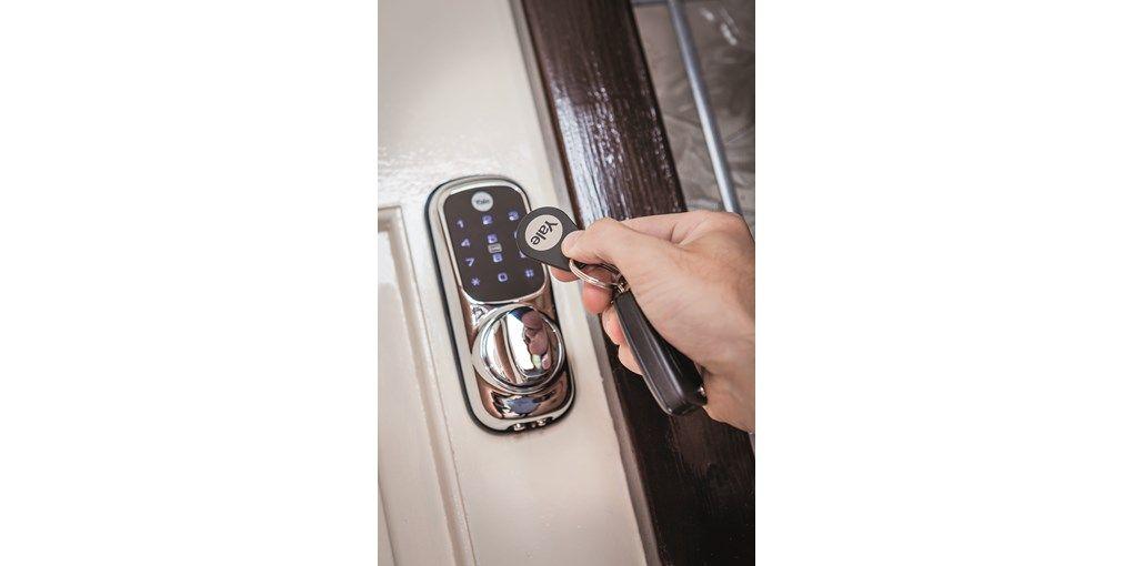 Keyless Connected Smart Door Lock Smart Door Locks Range Smart Locks Smart Home Alarm Systems Doormaste Smart Door Locks Best Home Security Home Security