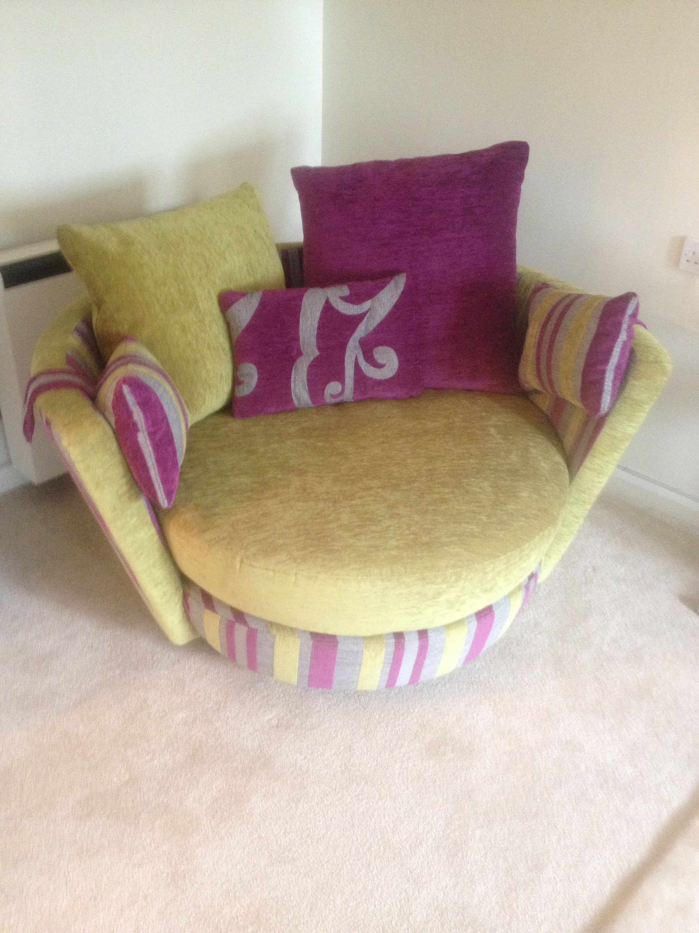 Swivel Chair In Spanish Swing Restaurant Pin By Becky Brooks On Furniture And Decor French Home Pistachio Recliner Swinging