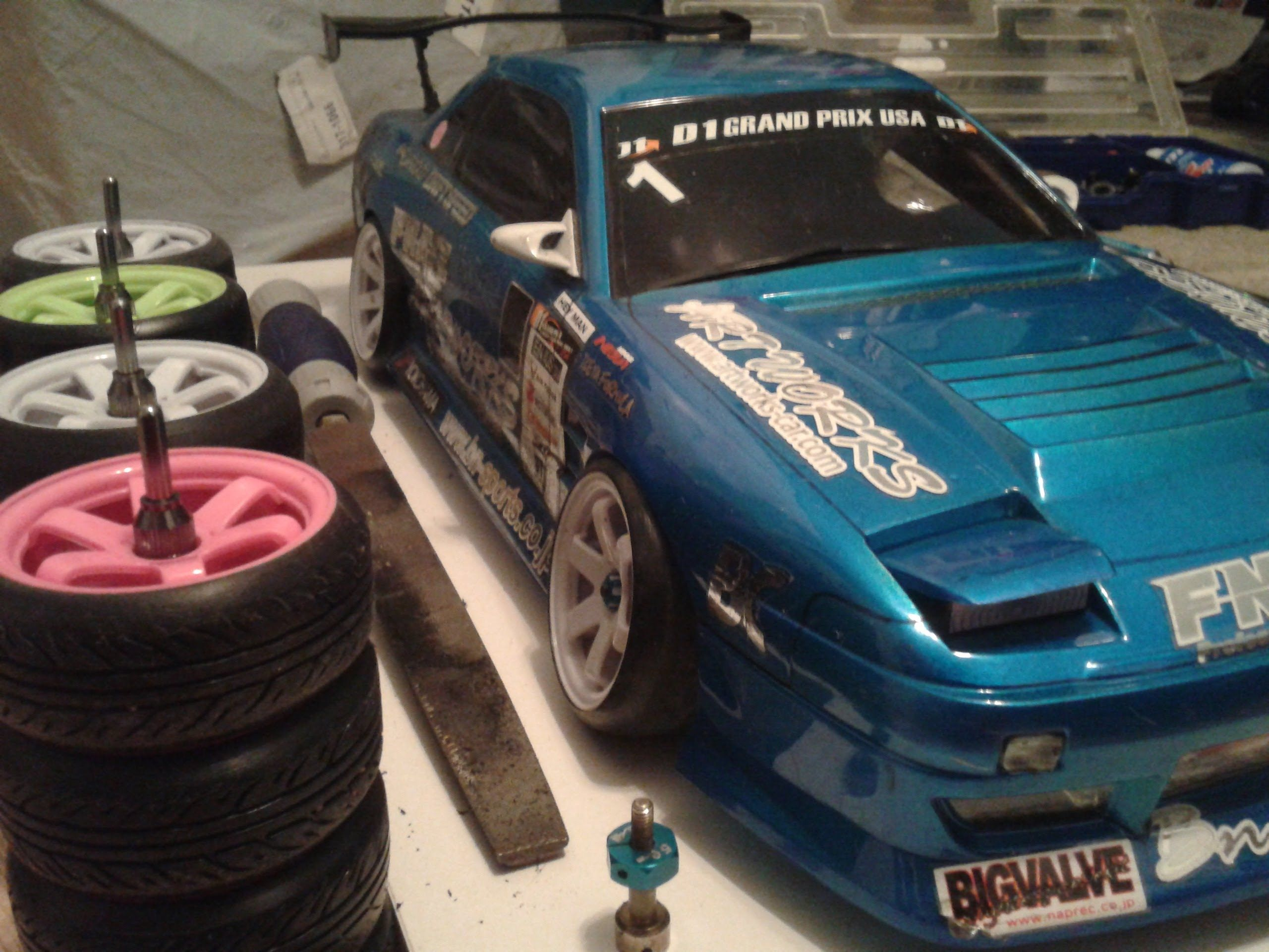 How to: Stretched Tires RC DRIFT
