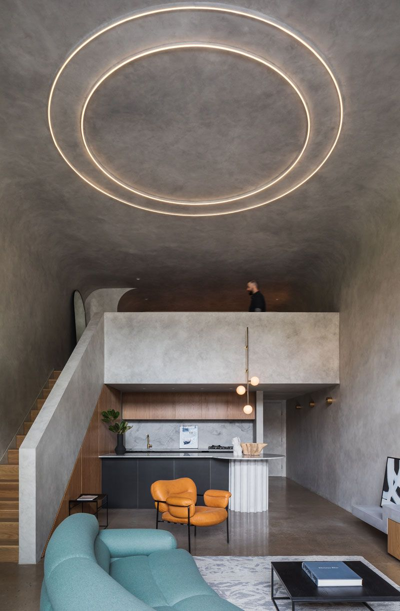 The Interior Design Of This Loft Apartment Is Dramatic And Moody