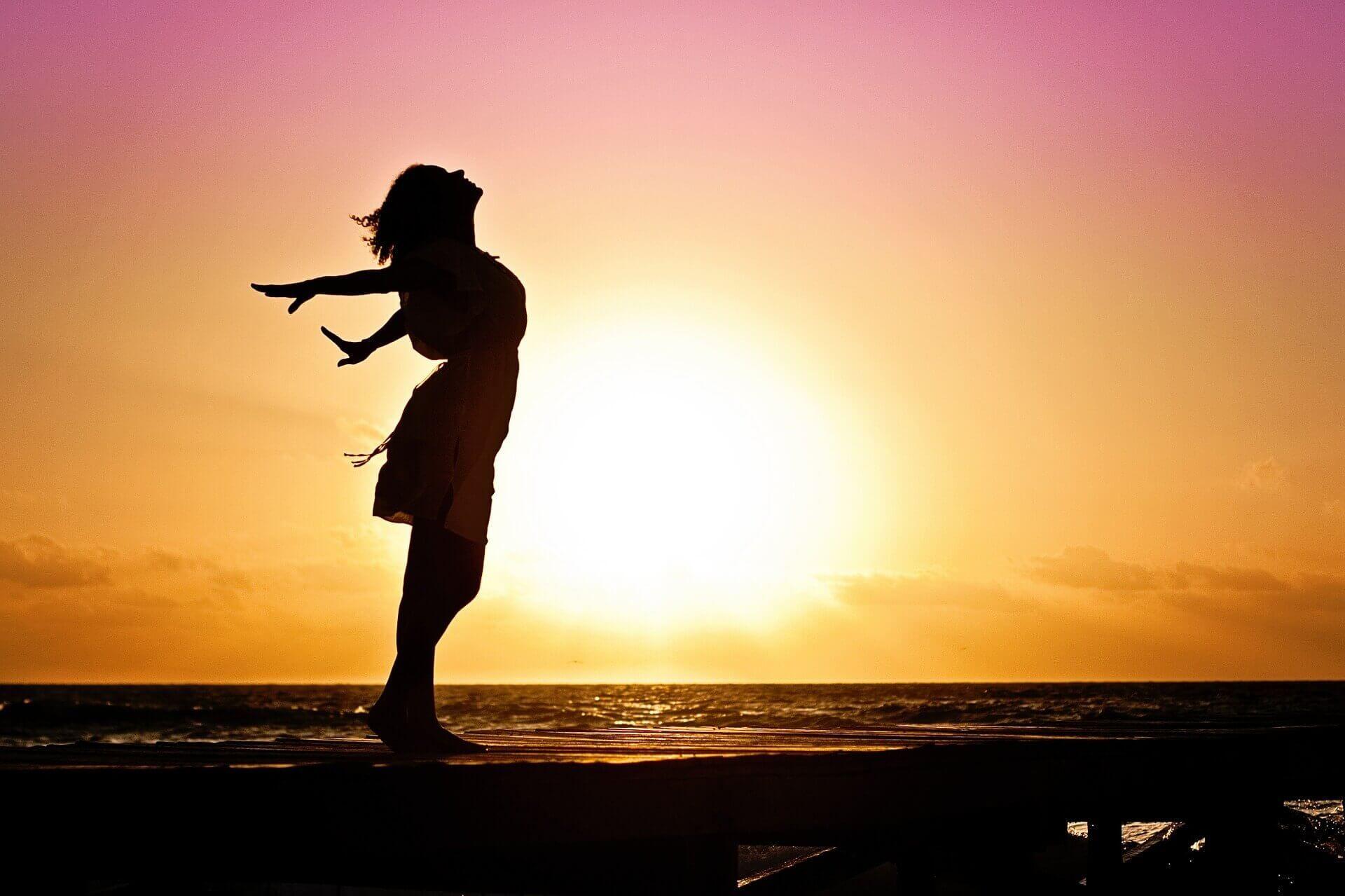 Alle volte il sentiero della vita che stiamo percorrendo non è fra i più positivi. Ci sentiamo frustrati, sfiduciati, niente va bene e non sappiamo come far sì che le cose cambino.