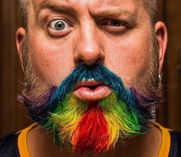 14 Crazy Dyed Beard Examples - http://slodive.com/hair-2/14-crazy ...