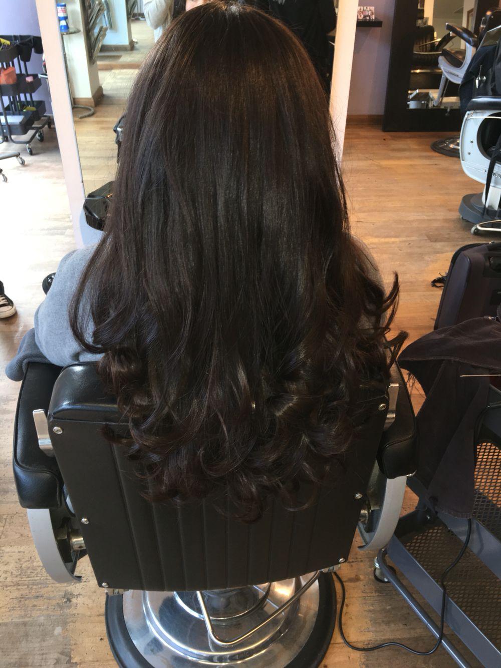 Brunette Bouncy Volume Curly Blowdry Long Layered Hair Hair Styles Hair