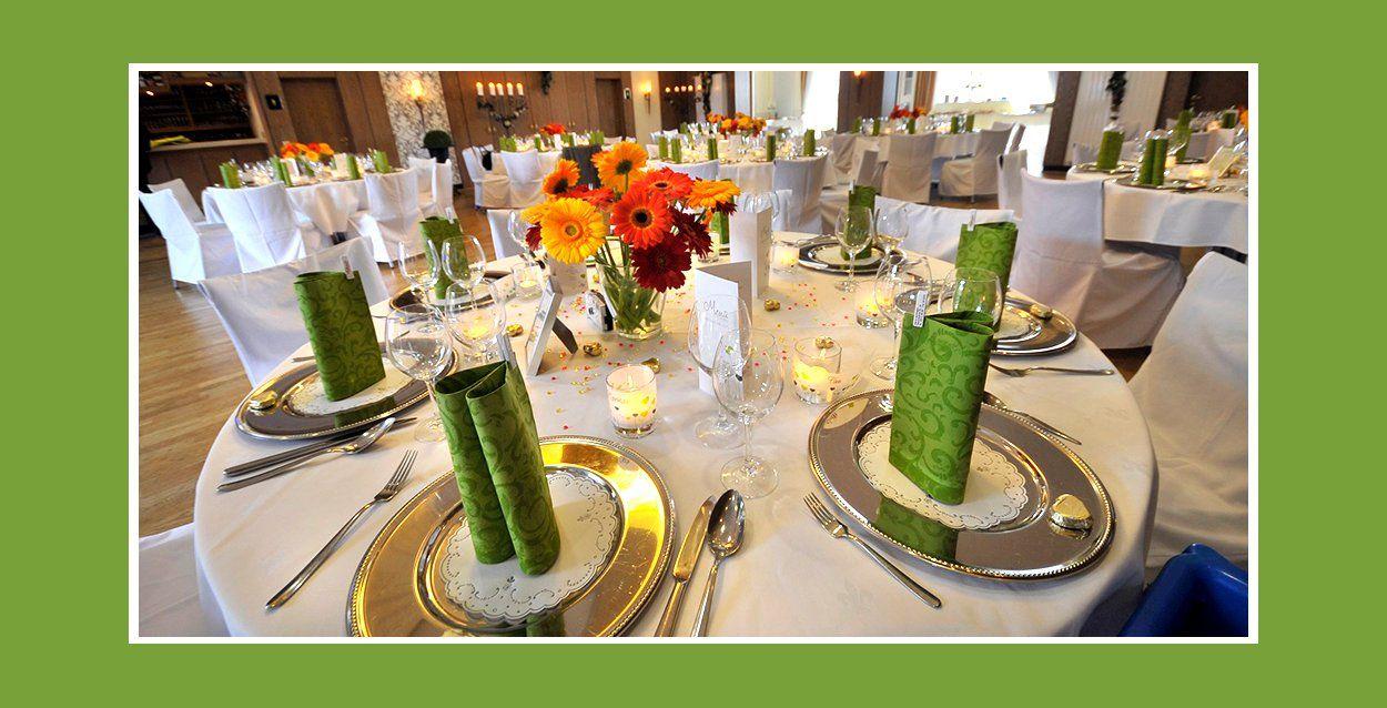 Servietten Falten Tischdeko Fur Hochzeit Tischdekoration Hochzeit Tischdekoration Deko Ideen
