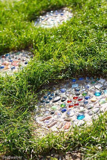Trittsteine Gartenideen Pinterest Garden ideas, Yards and Gardens - trittplatten selber machen
