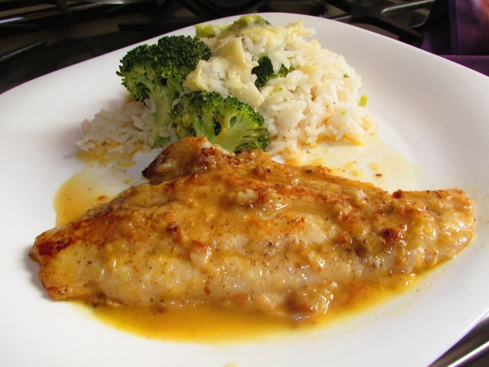 Receta De Corvina Al Ajillo Corvina Fish Recipes Whole30 Fish Recipes Recipes With Fish Sauce