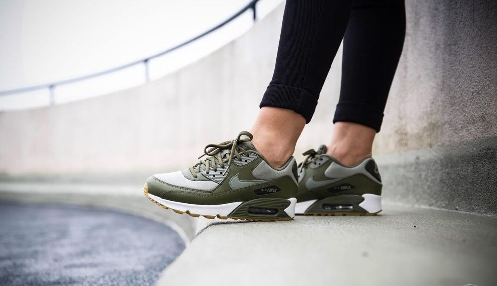 newest 4d27d 308d0 NIKE AIR MAX 90 W - OLIVE, STUCCOSEQUOIA LIMITED EDITION TRAINERS IN ALL