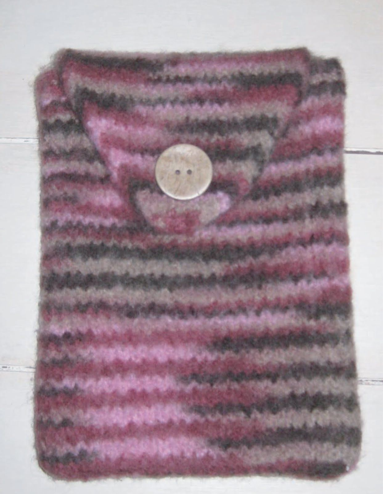 ChemKnits: Marilynn\'s Felted Kindle Cover Knitting Pattern ...