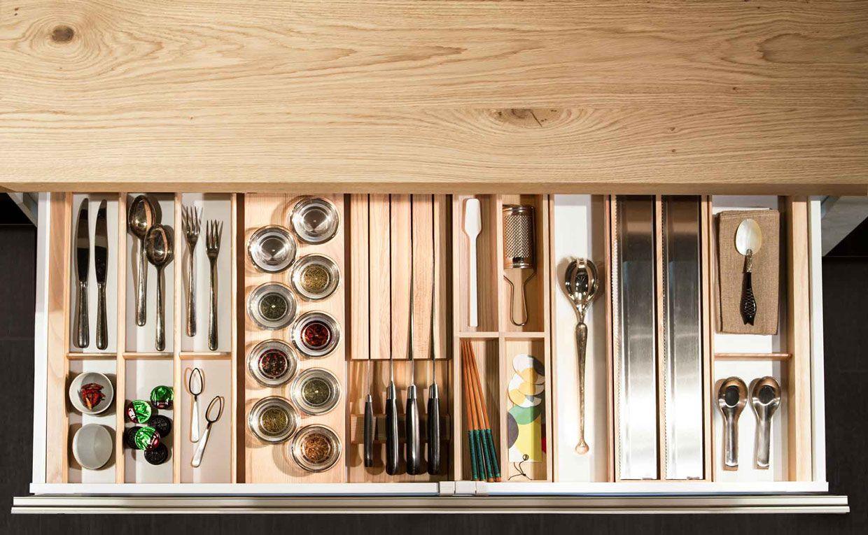 Snaidero cucine 5 accessori per la cucina cucine for Accessori per cucina moderna